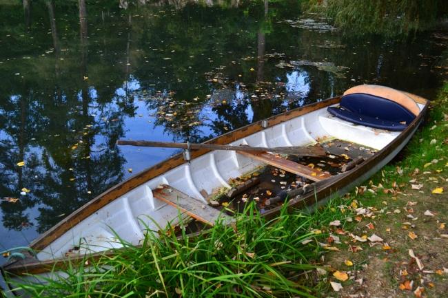 Boot im Park La Bussiere