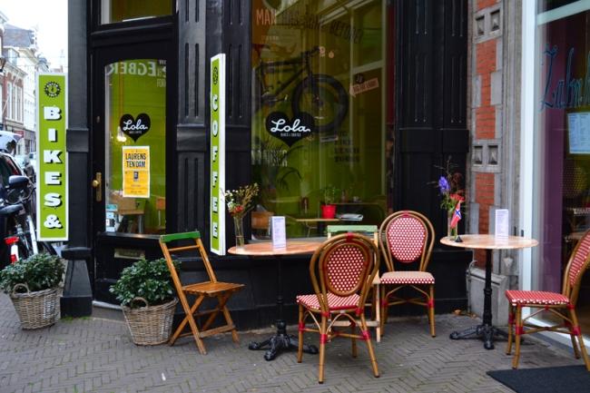 Lola Bikes & Coffee.