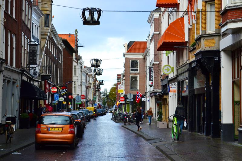 Noordeinde, die königliche Straße.
