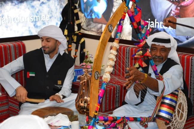 Musiker aus den Vereinigten Arabischen Emiraten.