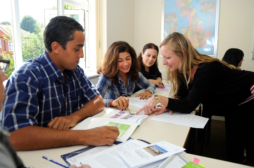 Sprachschüler aus aler Welt in Bournemouth.