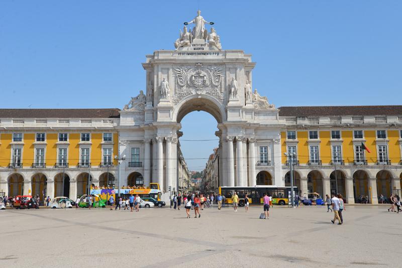 Der Lissabonner Triumphbogen.