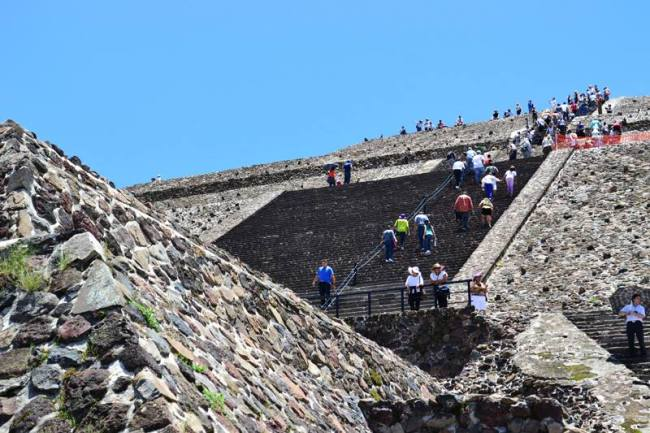 Sonnenpyramide 2