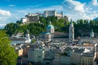 Sehenswürdigkeiten Salzburg, Blick vom Kapuzinerberg auf die Salzburger Altstadt und auf die Festung Hohensalzburg