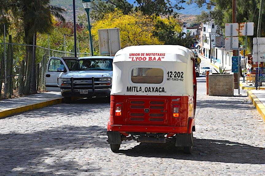 Mitla 11
